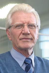 Plástico Moderno, Enrico Miotto, diretor, Extrusoras - Aquecimento do mercado renova as expectativas dos fabricantes e garante incrementos tecnológicos nos novos desenvolvimentos