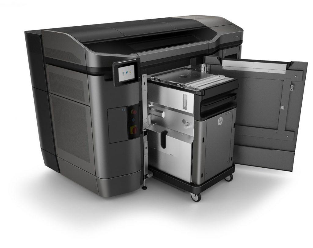 Plástico Moderno - Impressora 3D HP Jet Fusion modelo 4200
